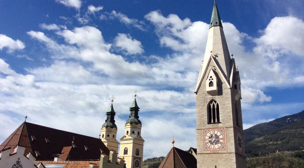 Blick auf den Dom und die Pfarrkirche