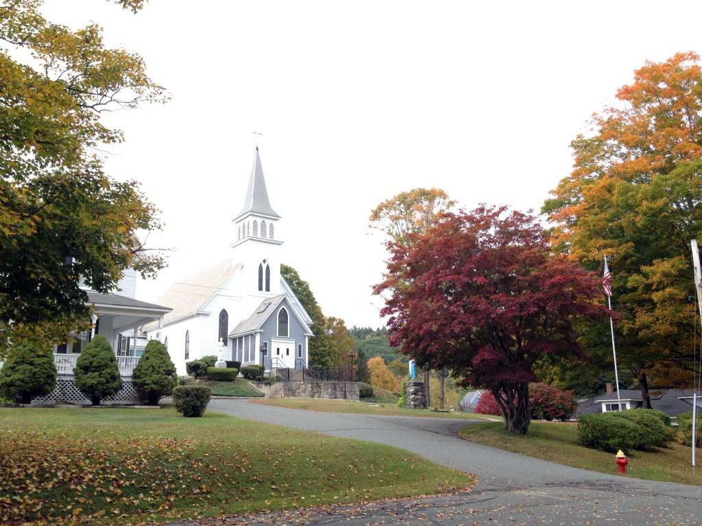 Eine der Kirchen in Shelburne Falls